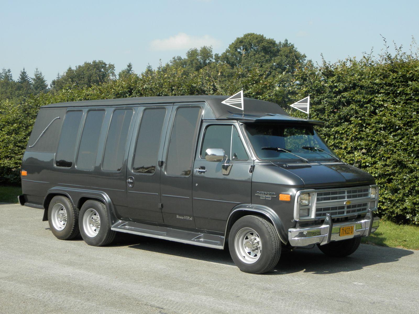 kleine-uitvaartbus-1