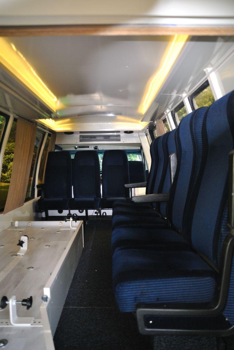 kleine-uitvaartbus-2